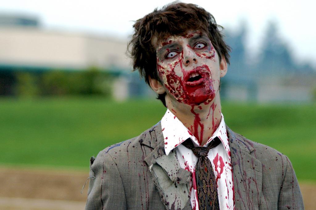 Help! Verlos Ons Van Zombiecommunicatie